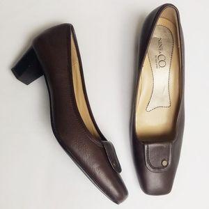 Nine & Co Nclucio Brown Leather Pumps 8M